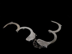 ces_booth_raided_by_feds__115309_213171
